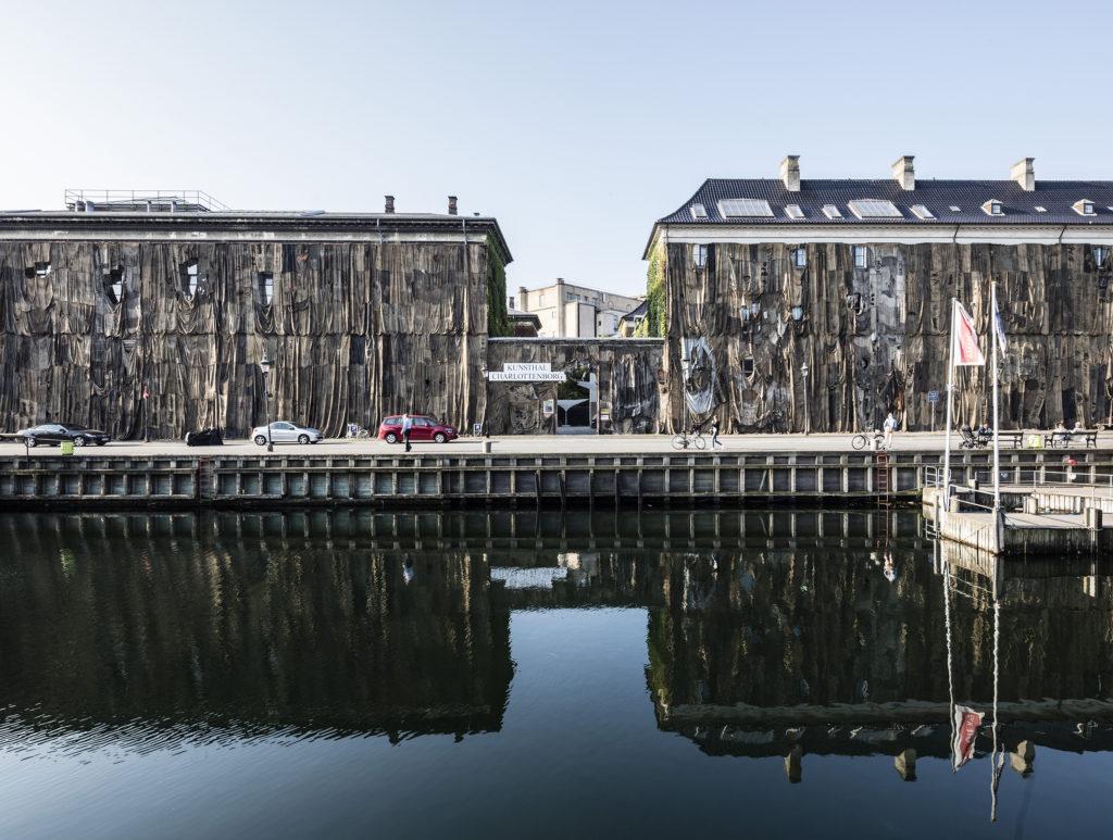 Ibrahim Mahama - Nyhavn Kpalang. Installation view, Kunsthal Charlottenborg 2016. Jute sacks on facade. Photo by Anders Sune Berg.