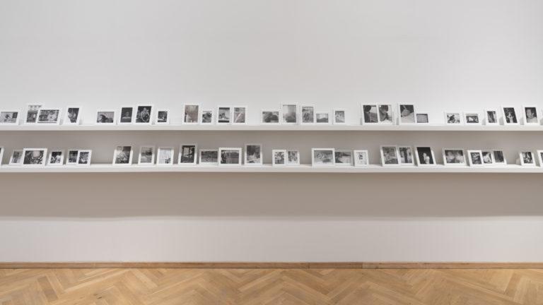 små sort/hvide fotografier