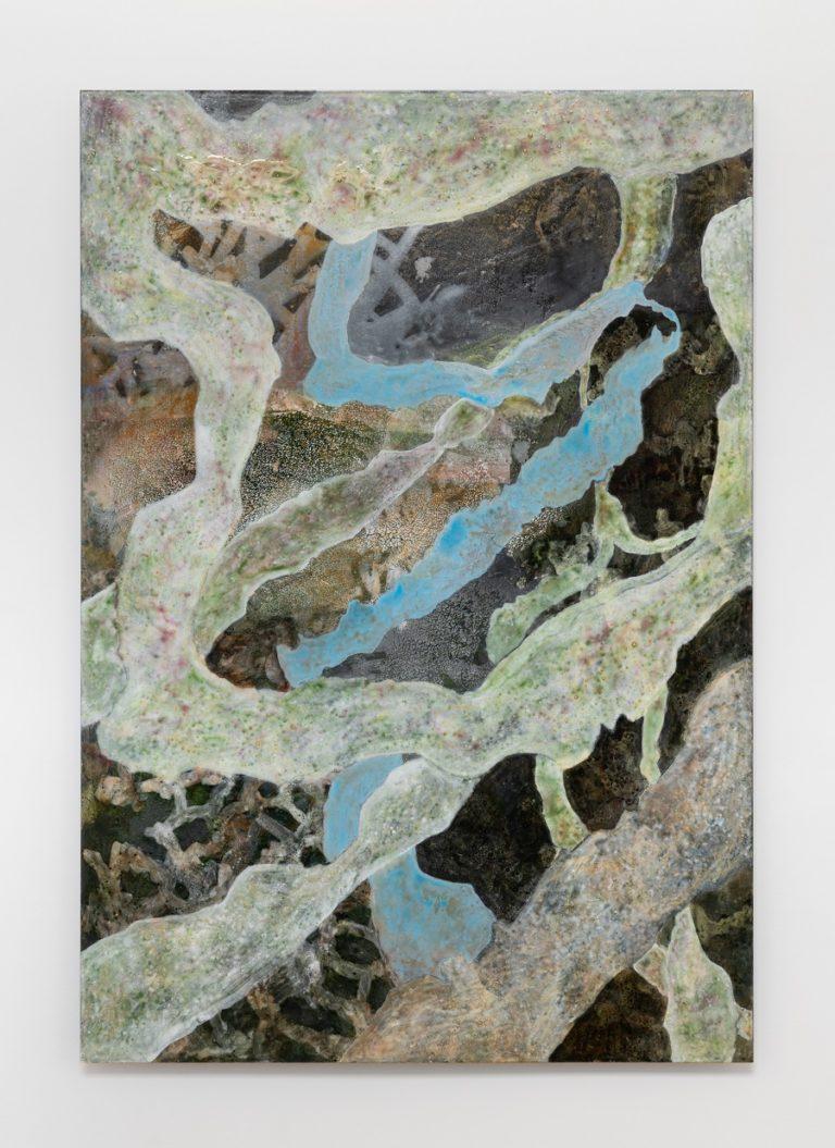 Abstrakt maleri i blå og brune nuancer.