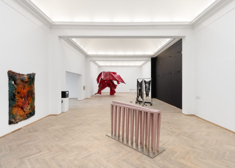 Installation shot, 'Heksejagt', Kunsthal Charlottenborg 2020. Photo: David Stjernholm.